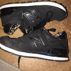 New balance 594 tennis shoes with leopard detail